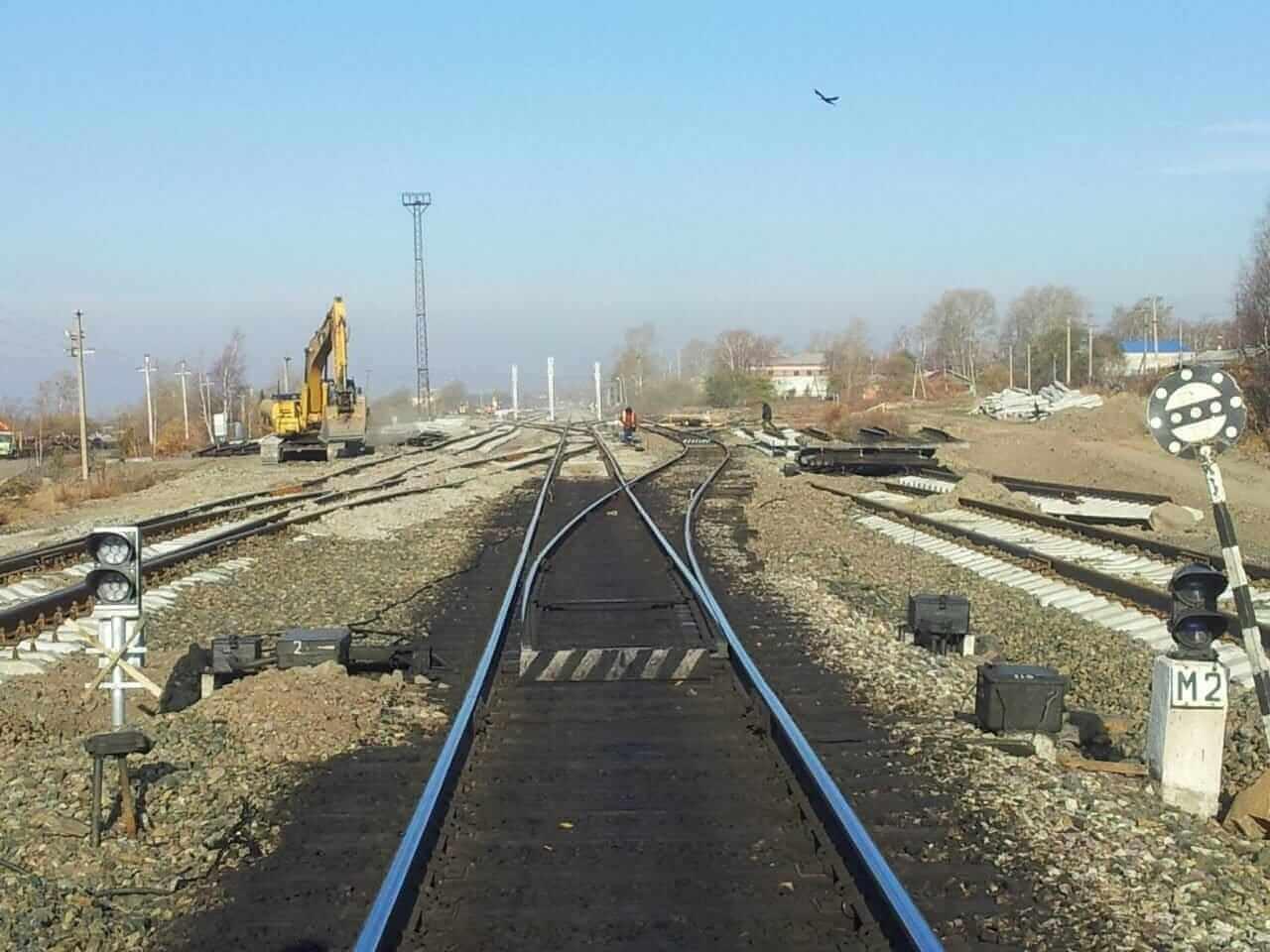 Заключены договоры на реконструкцию станций Унгун и Бирофельд