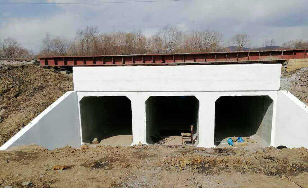 Выполнено переустройство железобетонных мостов I и II пути станции Новонежино на водоотводную трубу